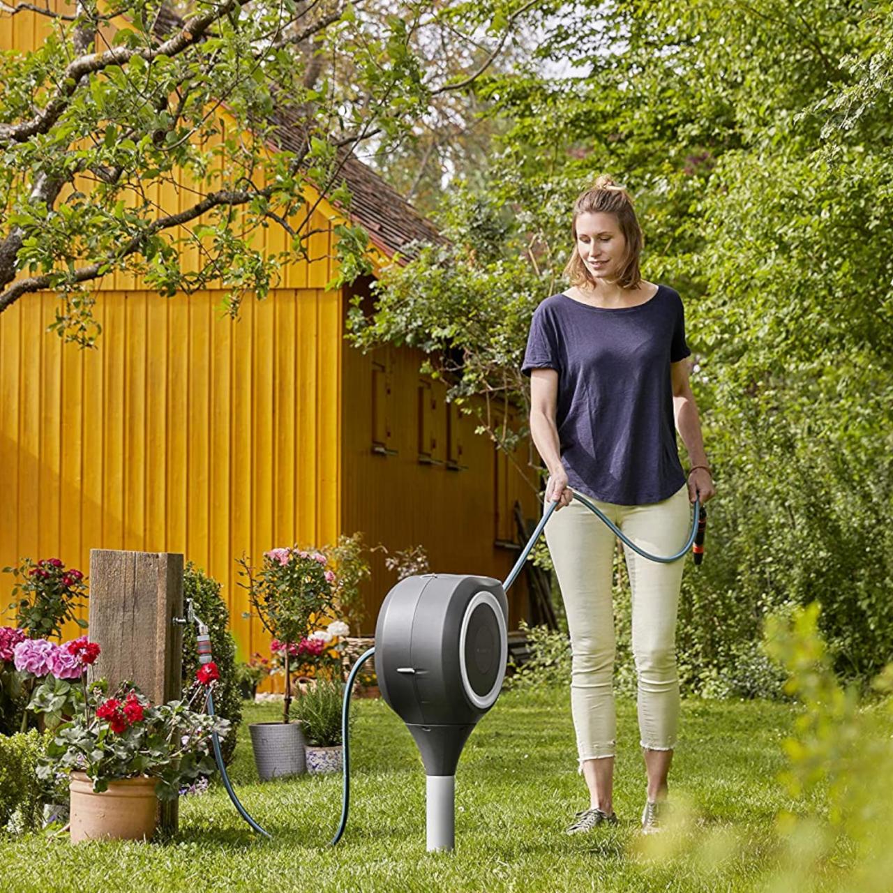 Gardena 18606-20 Garten-Schlauchbox RollUp S 15 m Schlauchtrommel Boden