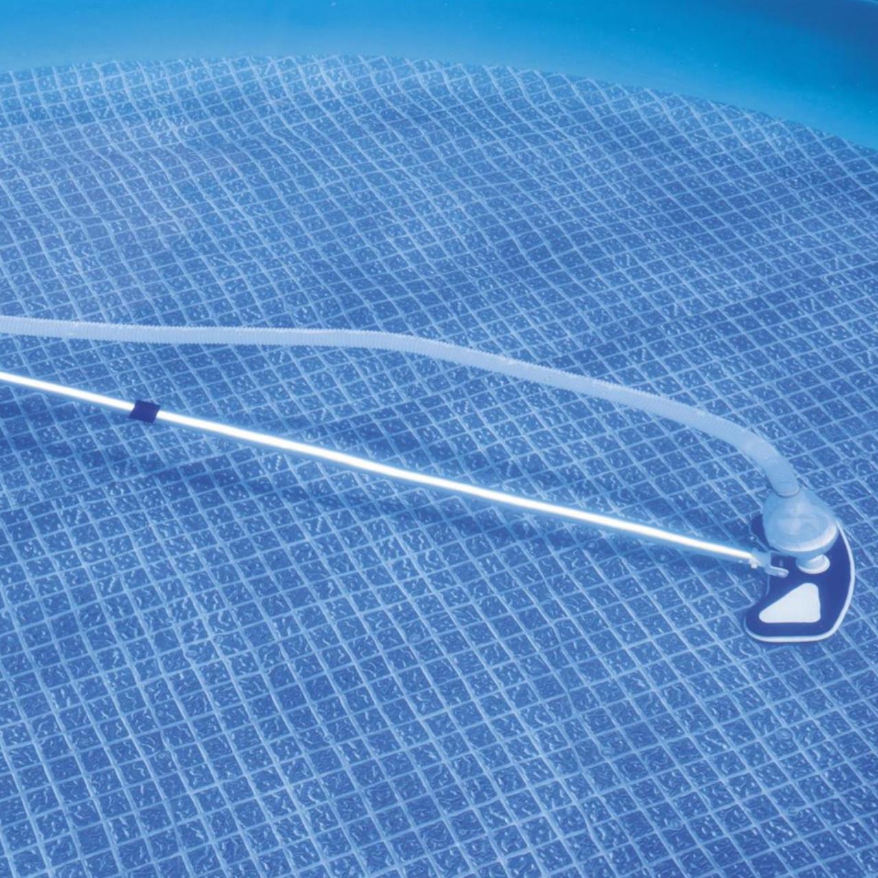 Bestway 58234 Flowclear Poolpflege Basis-Set Aquaclean pumpenbetriebenem Poolsauger + Kescher