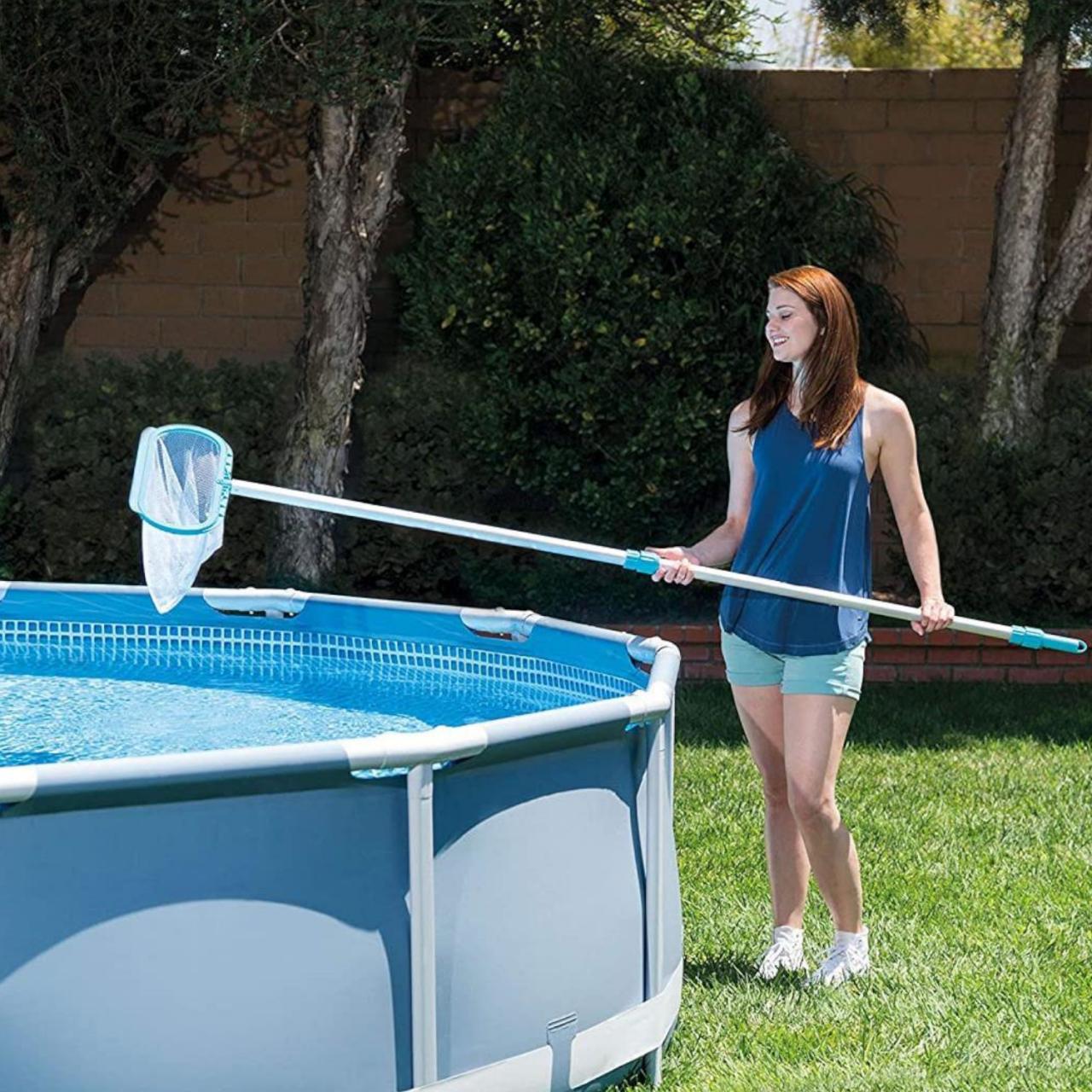 Intex Poolreinigungsset Deluxe Bodensauger Kescher Schwimmbadreiniger Pool 29057