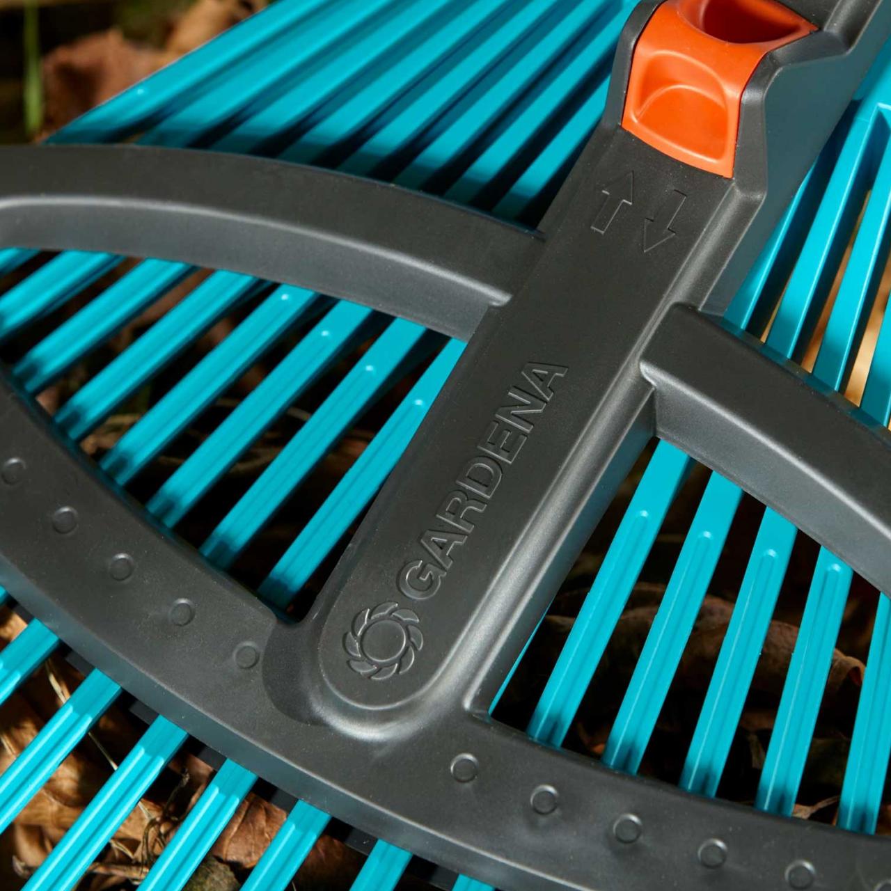 Gardena 3099-20 combisystem-Kunststoff-Verstellbesen