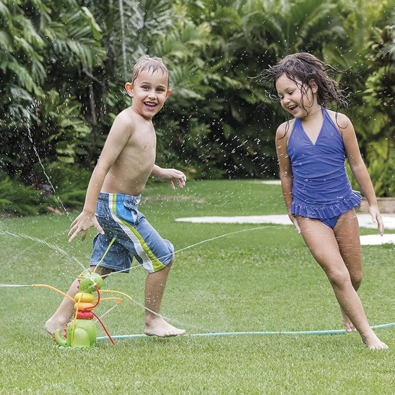 Intex 56599 Wassersprüher Wassersprinkler Raupe Wassperspielzeug Garten
