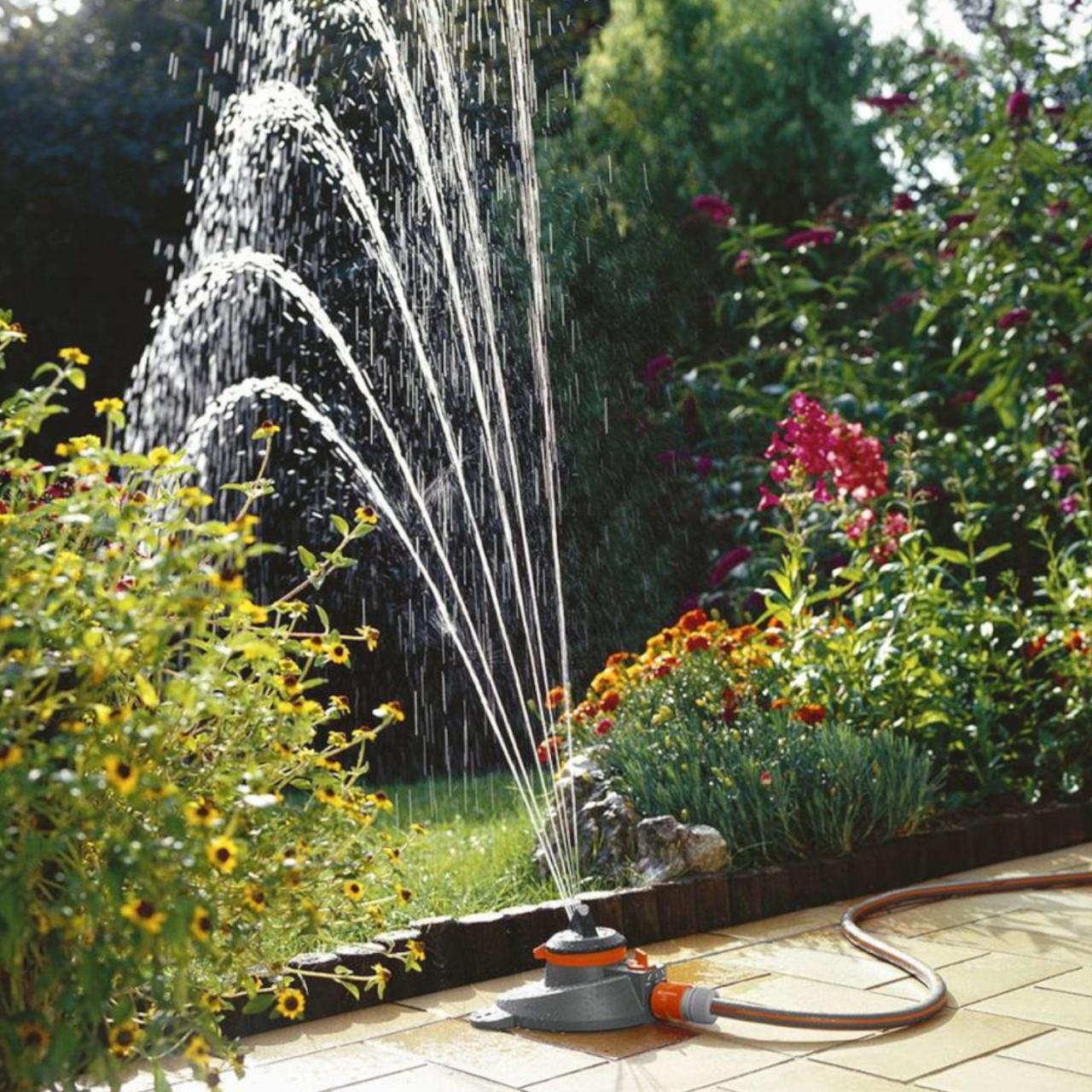 Gardena 2065-20 Comfort Teil- / Vollkreisregner Tango 310 m² Circular Sprinkler